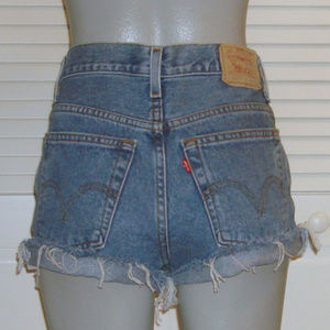 Vintage Levis High Waist Cut Off Jean Shorts